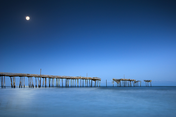 Frisco Pier Cape Hatteras Outer Banks Nc - Crossing Over Print by Dave Allen