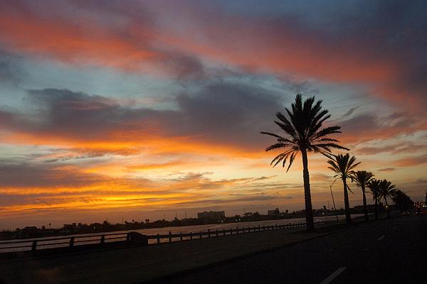 Galveston Sunrise Print by Robert Anschutz