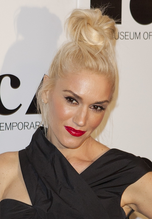 Gwen Stefani At Arrivals For 2011 Moca Print by Everett