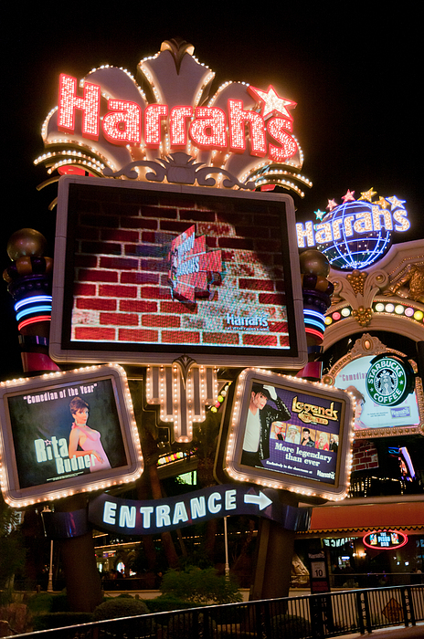 Harrahs Print by Andy Smy