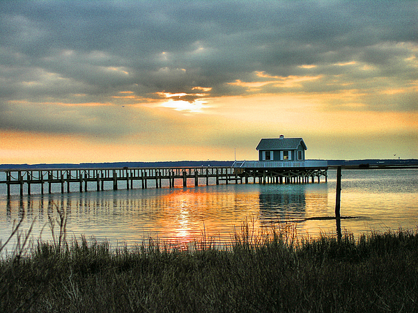 House At The End Of The Pier Print by Steven Ainsworth