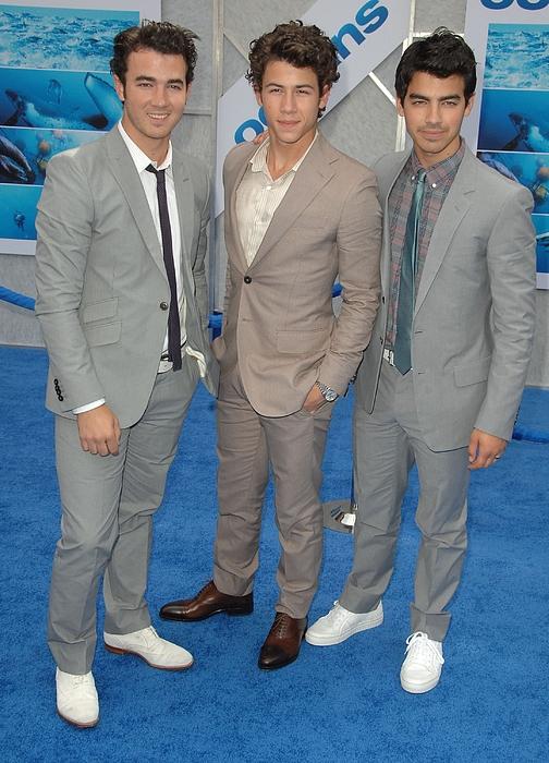 Jonas Brothers, Kevin Jonas, Nick Print by Everett