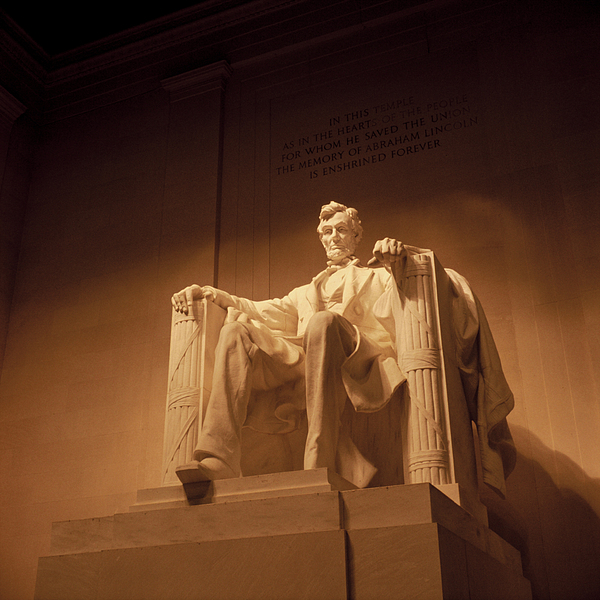 Lincoln Memorial Print by Gene Sizemore