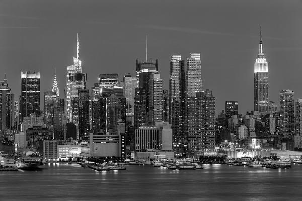 Manhattan Twilight Iv Print by Clarence Holmes