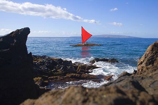 Maui Sailing Canoe Print by Ron Dahlquist - Printscapes