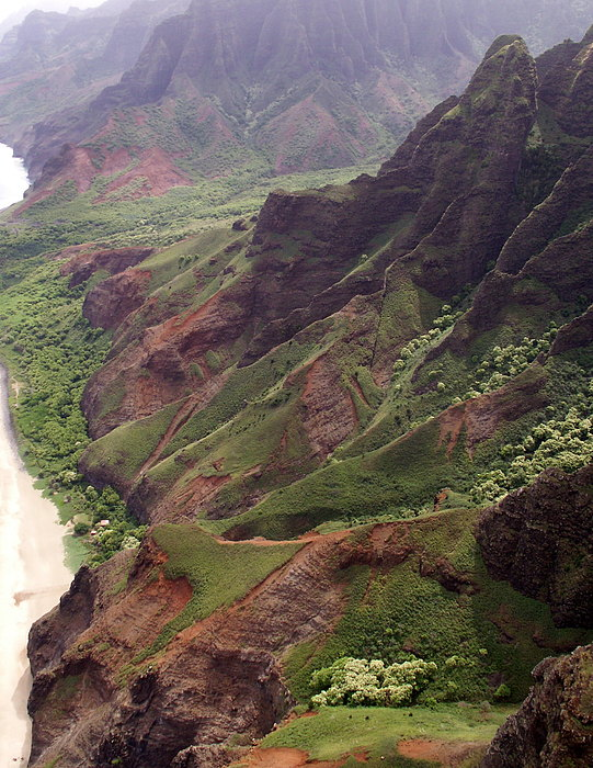 Na Pali Coast Print by Amy Fose