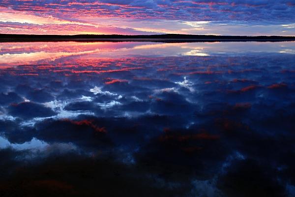 Namekus Lake Sunrise Print by Larry Ricker