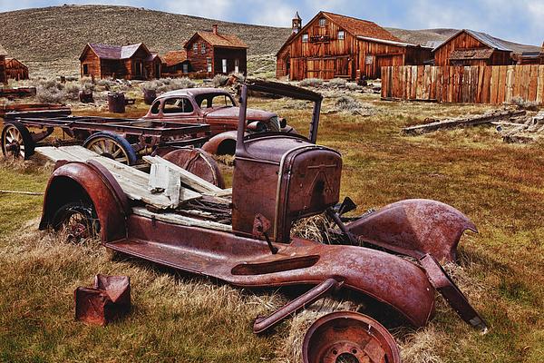 Old Cars Bodie Print by Garry Gay