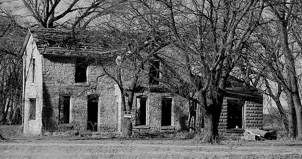 Linda Benoit - Old LImestone House