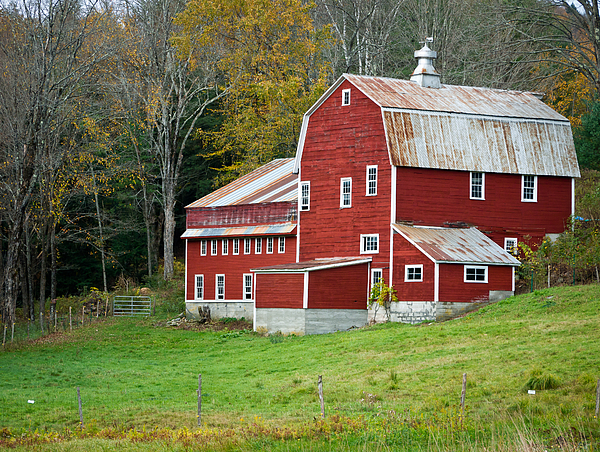 Old Red Vermont Barn Print by Edward Fielding