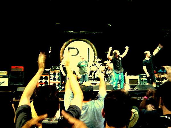 Pearl Jam Seattle Print by Linda De La Rosa