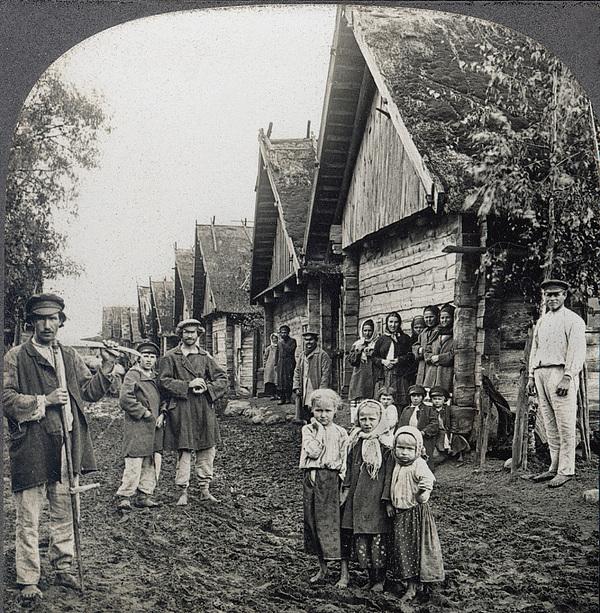 Russia: Peasants Print by Granger