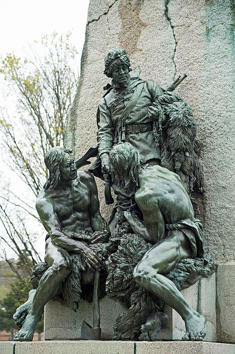 Elaine Mikkelstrup - Samuel de Champlain monument