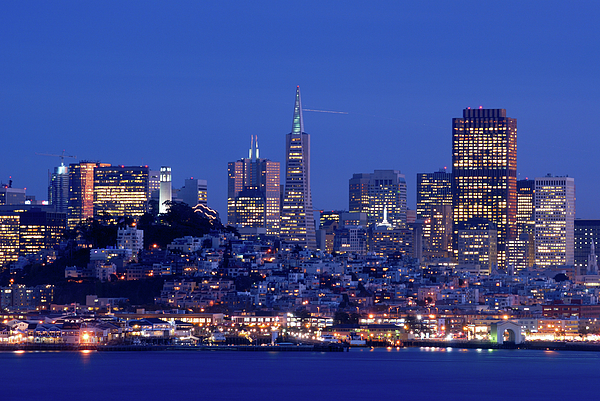 San Francisco Skyline At Dusk Print by David Rout