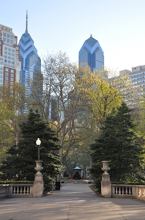 Sprintime At Rittenhouse Square Print by Bill Cannon