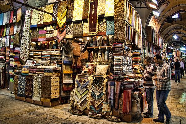 The Grand Bazaar In Istanbul Turkey Print by David Smith