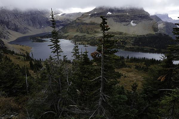 The Hidden Lake By Michael J Samuels