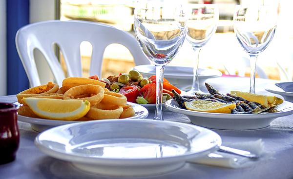 Typical andalusian food in summer print by eduardo huelin for Andalusian cuisine