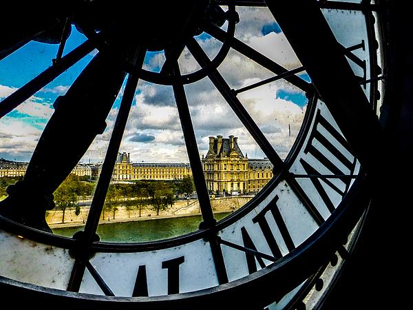 Pamela Newcomb - Vue du Louvre