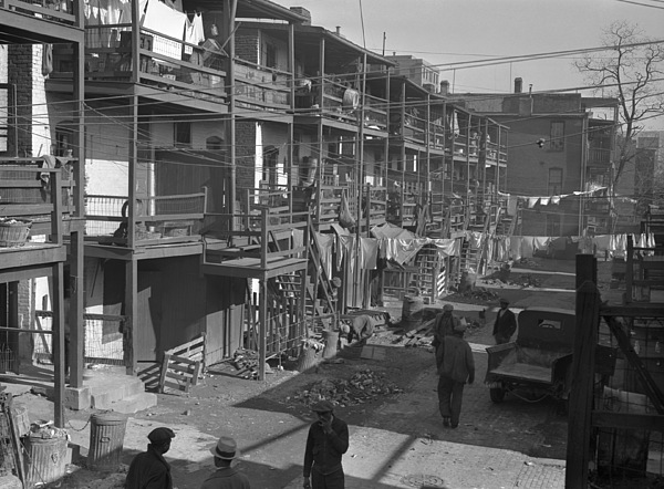 Washington Slum, 1935 Print by Granger