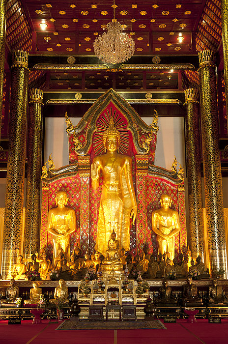 Wat Chedi Luang Wora Wihan Print by Greg Vaughn - Printscapes