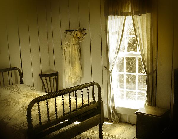 yellow bedroom light by mal bray