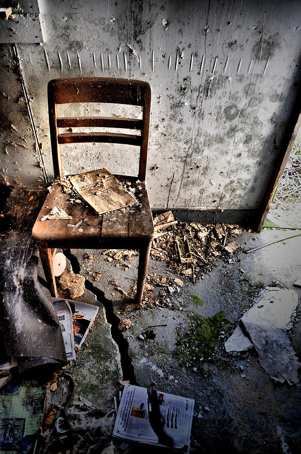 Chair Photograph - Cracked by Emily Stauring