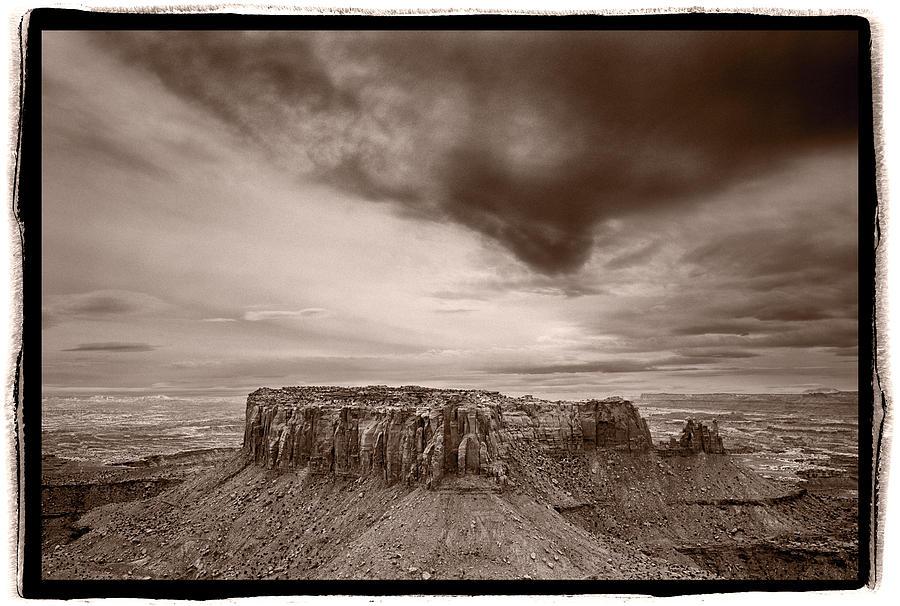 Grandview Photograph - Grandview Canyonlands National Park Utah by Steve Gadomski