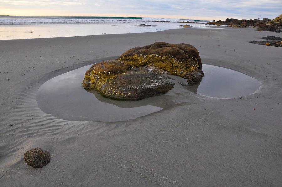 Maine Photograph - Longsands Rock by Catherine Easton
