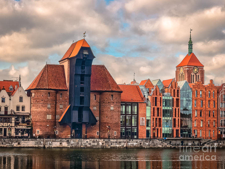 Medieval Crane In Gdansk Photograph
