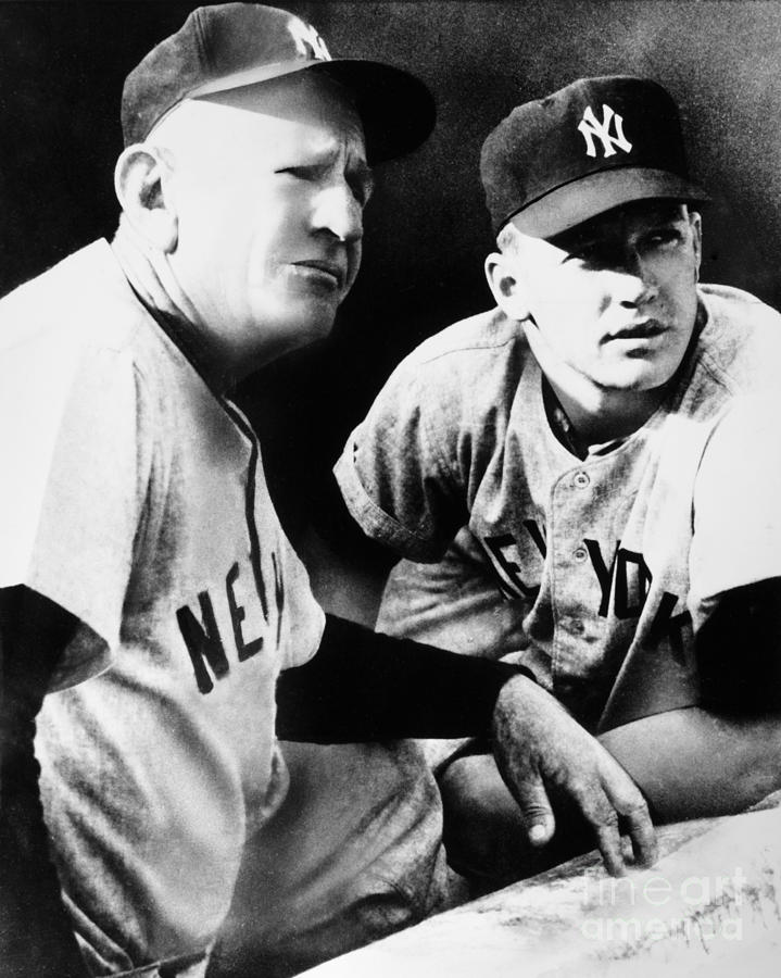 1954 Photograph - Mickey Mantle (1931-1995) by Granger