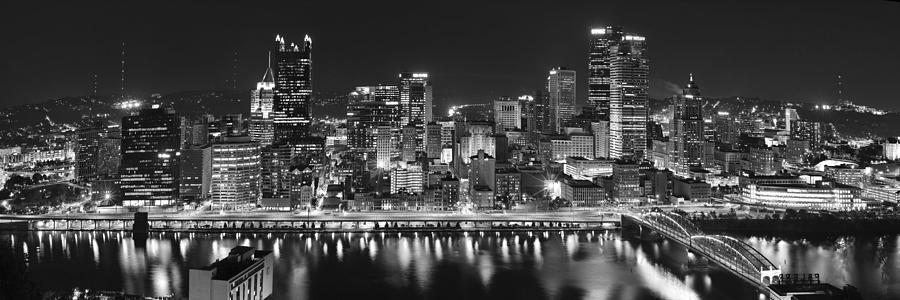Pittsburgh Skyline At Night Photograph - Pittsburgh Pennsylvania Skyline At Night Panorama by Jon Holiday