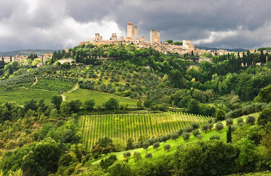 San Gimignano Photograph - San Gimignano Tuscany Italy by Carl Amoth