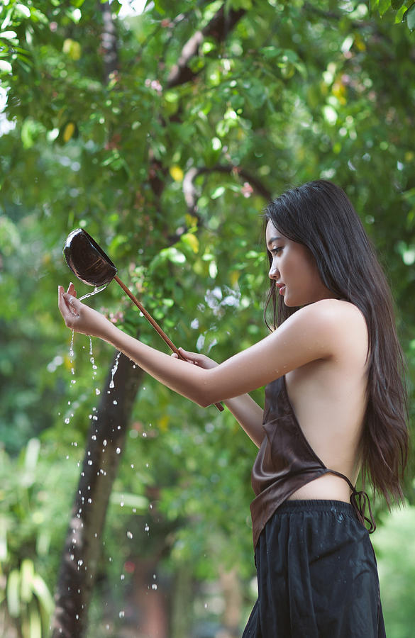 Vietnamese Women Bathing Nude Or Naked 54