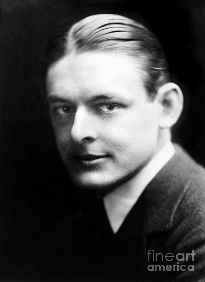 preludes ts eliot 1888 1965 Preludes - ts eliot [1888-1965] relevant background  thomas stearns [ts] eliot was born in into a wealthy family in st louis, missouri, america in 1888.