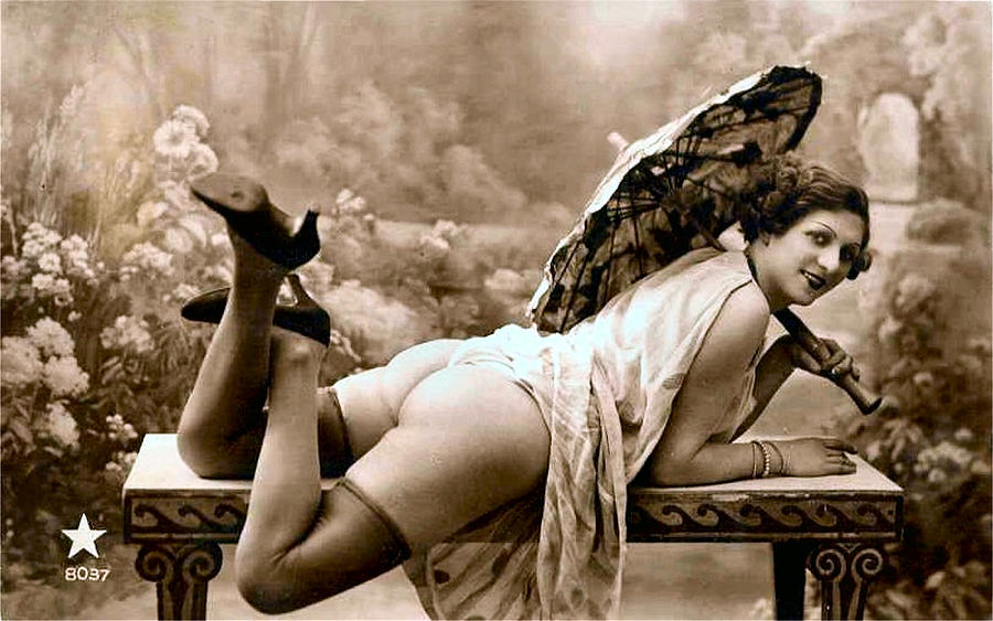 Vintage Nude Prints 39