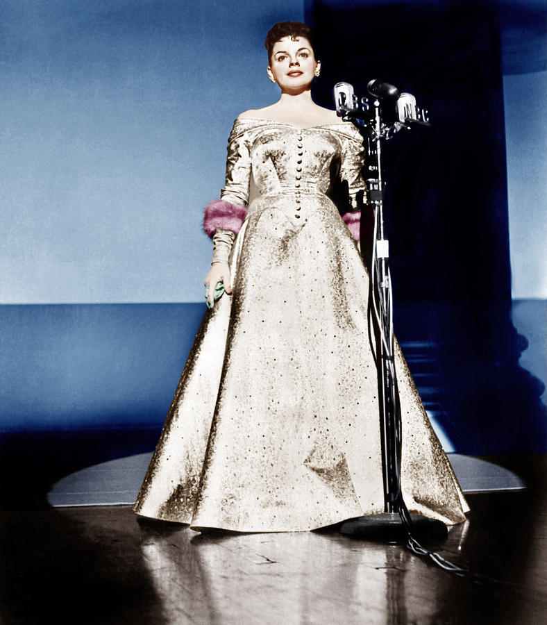 1950s Portraits Photograph - A Star Is Born, Judy Garland, 1954 by Everett