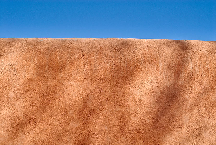 Textural Detail Of An Adobe Wall In Old Santa Fe Photograph - Adobe Wall Santa Fe by Steve Gadomski