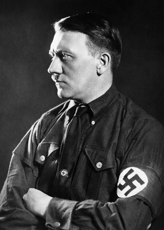 1930s Portraits Photograph - Adolf Hitler, 1934 by Everett
