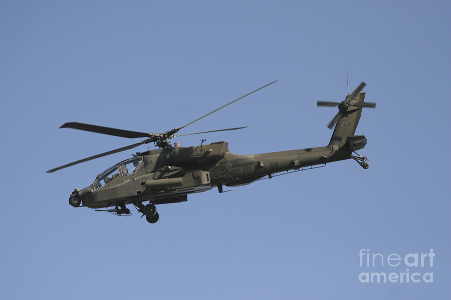 Chain Gun Photograph - Ah-64 Apache In Flight Over The Baghdad by Terry Moore