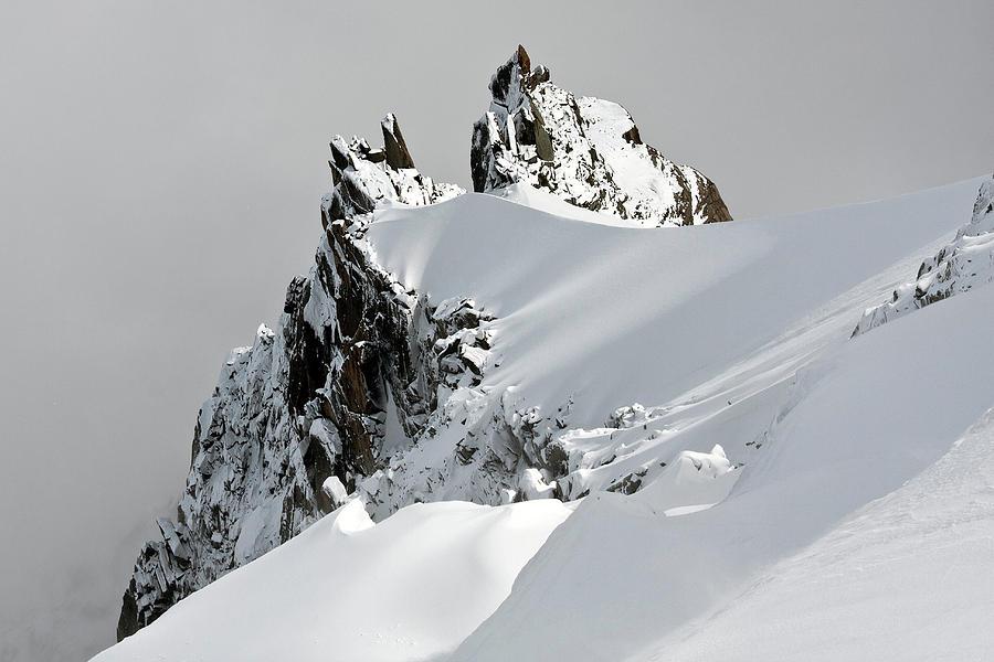 Horizontal Photograph - Aiguille Du Midi by Ellen van Bodegom