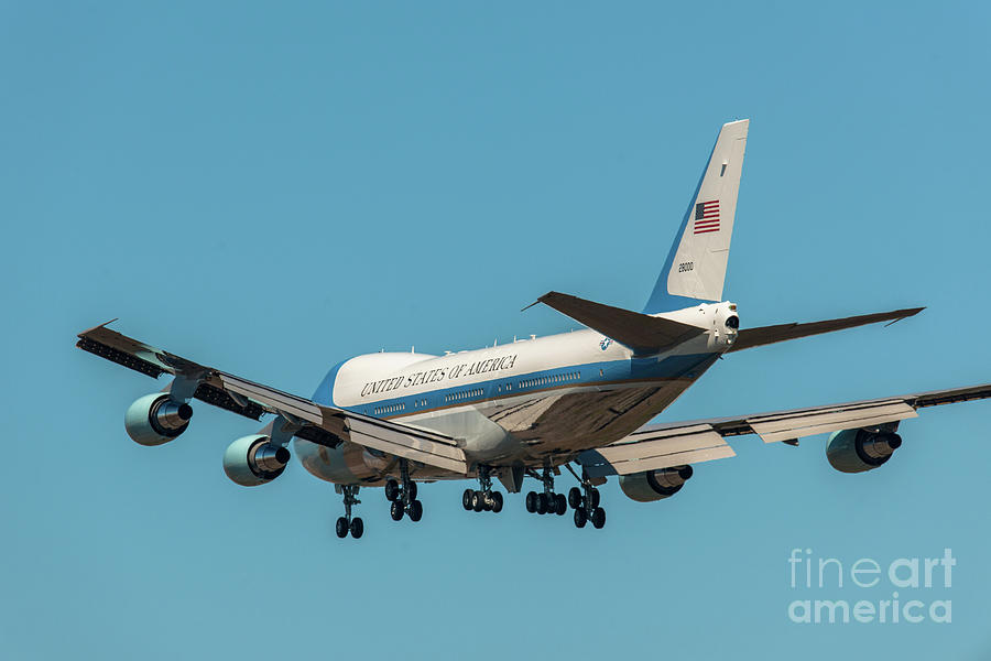 Air Force One On Final Approach Into Charleston South Carolina Photograph