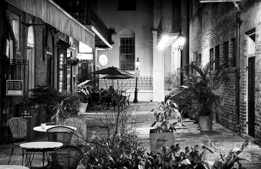 Alley Dining Photograph - Alley Dining by John Rizzuto