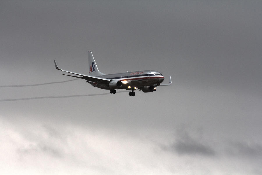 American Airlines-landing At Dfw Airport Photograph