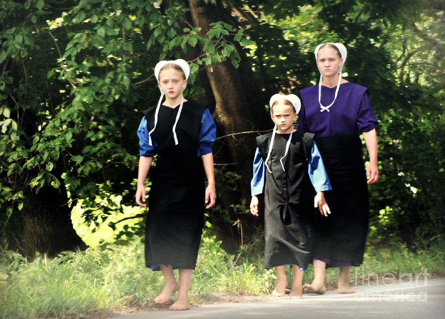 Amish Sisters Barefoot Stroll Photograph By Beth Ferris Sale