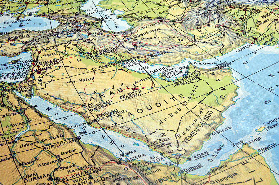 http://images.fineartamerica.com/images/artworkimages/mediumlarge/1/arabian-peninsula-map-fernando-barozza.jpg