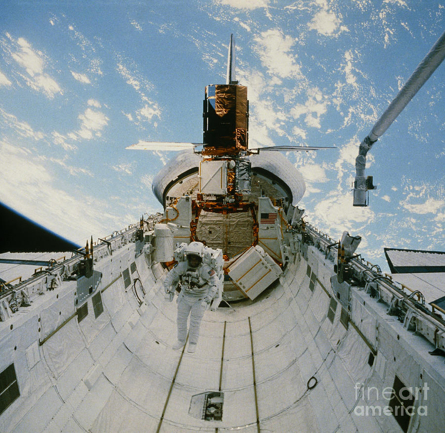 space shuttle challenger payload - photo #17
