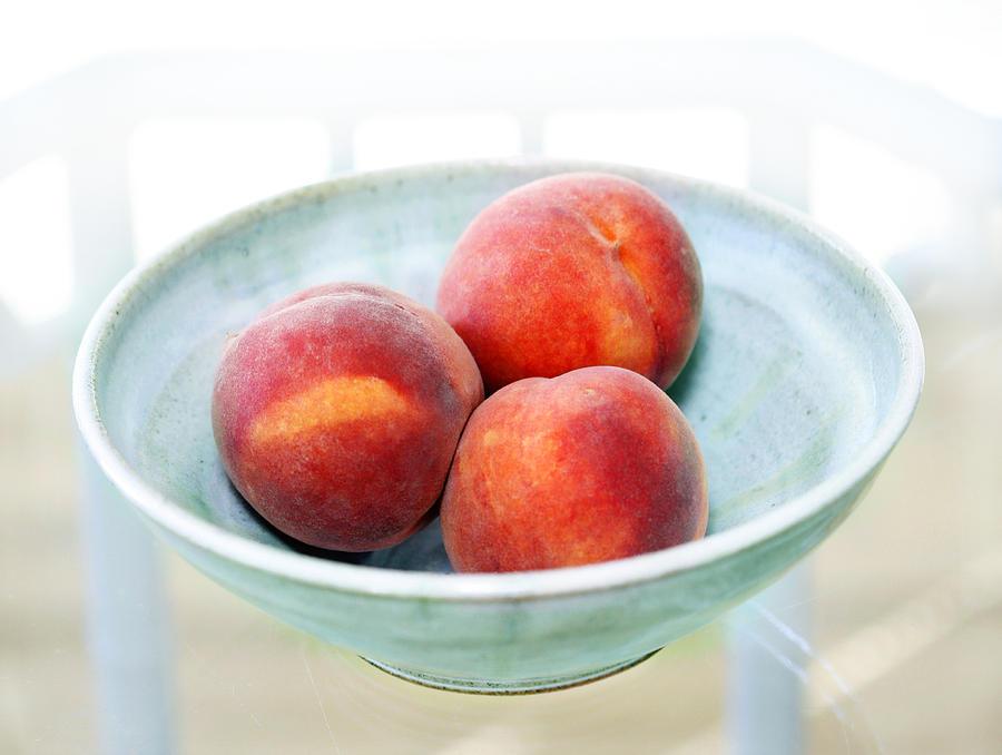 Peaches Photograph - Autumn Peaches by Marilyn Hunt