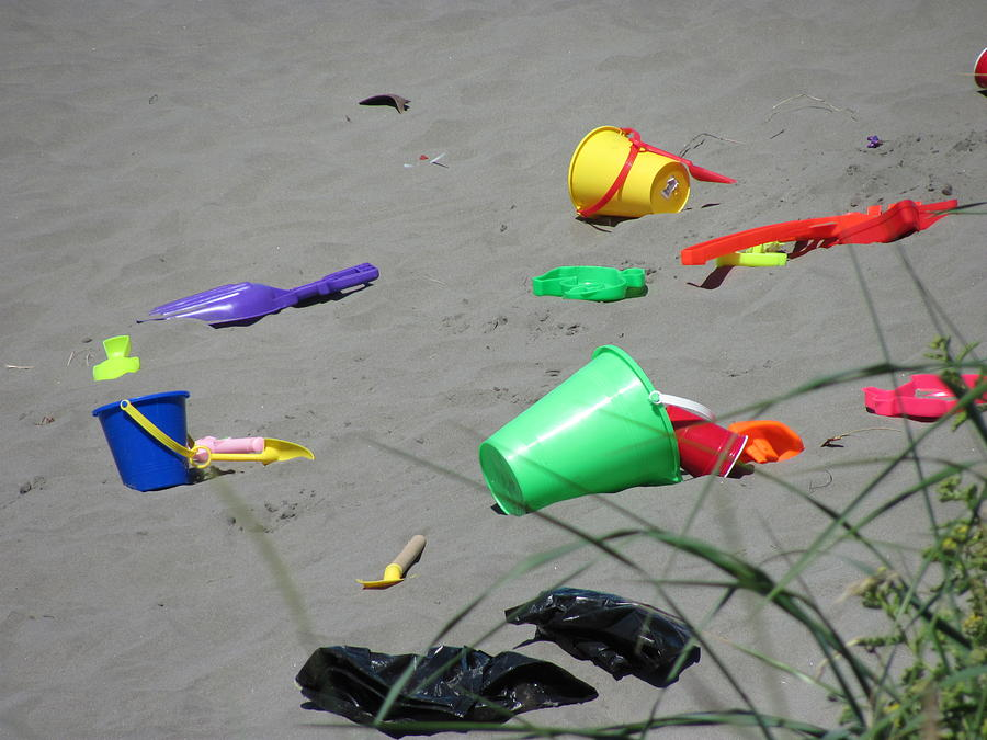 Beach Buckets Kids At Play Photograph - Beach Buckets by Gregory Smith