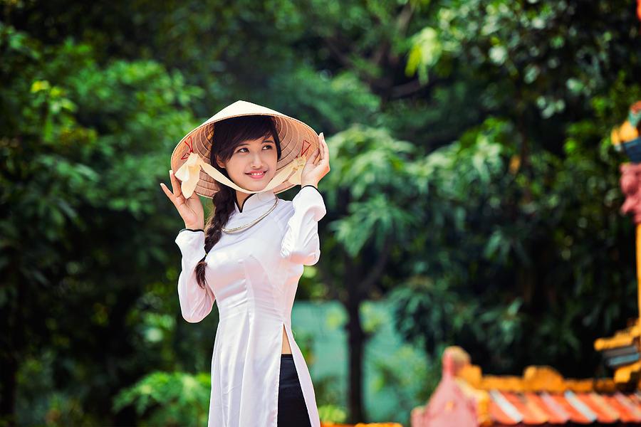 Soft Power Vietnam yang powerful. Identitas Budaya mereka | Fine Arts America